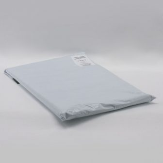 Futártasak 400x525+50mm fehér/fekete